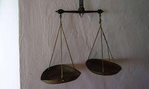 Eine Gleichstellung beim Gehalt ist noch lange nicht erreicht / Bild: imago/CommonLens