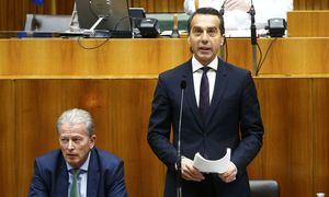 Einst Manager, jetzt Bundeskanzler: Christian Kern bei seiner Rede im Nationalrat. / Bild: REUTERS