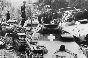 Deutsche Panzereinheit am Fluß Brahe (Brda)
