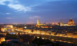 Blick auf Florenz, Einblick in Strukturen der Gesellschaft: Aus einer Steuerliste von 1427 lässt sich einiges lernen – auch über soziale Mobilität. / Bild: (c) Bilderbox