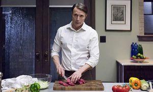 """Dänemarks Schauspielstar Mads Mikkelsen hat als Psychiater Hannibal Lecter in """"Hannibal"""" ein Faible für Menschenfleisch.  / Bild: (c) Studiocanal/Brooke Palmer/NBC (NBC)"""
