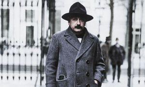 Albert Einstein um 1925 / Bild: (c) akg-images / picturedesk.com