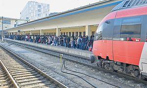 Verkehr, der aufregt: Tausende Flüchtlinge stranden in den vergangenen Wochen auf dem Wiener Westbahnhof. / Bild: APA