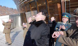 Nordkoreas Führer Kim Jong-un provoziert einmal mehr die Staatengemeinschaft / Bild: imago/Kyodo News