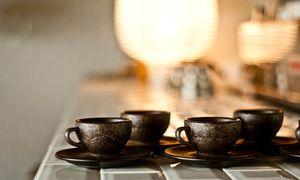 Aroma. Anfangs riechen die Tassen aus einem Verbundwerkstoff noch nach Kaffee. / Bild: (c) Beigestellt