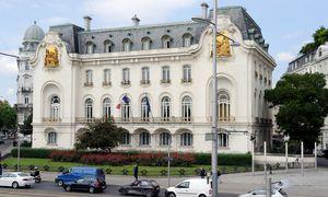 In einer Woche werden Soldaten auch Botschaften bewachen. Ob auch die französische Botschaft (im Bild) dazu zählen wird, ist noch offen.  / Bild: (c) Clemens Fabry