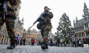 Soldaten am Grand Place schieben Wache. / Bild: REUTERS
