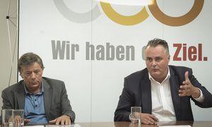 Schröcksnadel mit Doskozil bei der Pressekonferenz. / Bild: APA (HBF PUSCH)