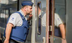 Zugreisende werden bald schon mit mehr Sicherheitskontrollen konfrontiert sein. / Bild: (c) APA/EPA/STEPHANIE LECOCQ