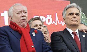 SPÖ-Chef Werner Faymann am Rathausplatz / Bild: APA (Hans Punz)
