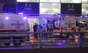 Großeinsatz am Flughafen Istanbul. / Bild: REUTERS