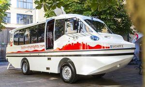 Der umstrittene Amphibien-Bus. / Bild: (c) APA (salzburghighlights.com/Neumayr)