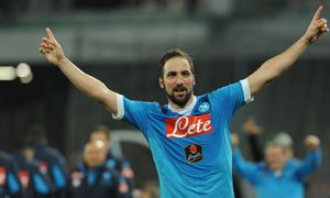 March 20 2016 Naples Italy Gonzalo Higuain of SSC Napoli celebrates after scoring during the i / Bild: (c) imago/ZUMA Press (imago sportfotodienst)