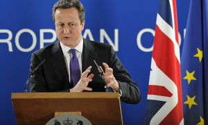 Cameron / Bild: (c) EPA (YOAN VALAT)