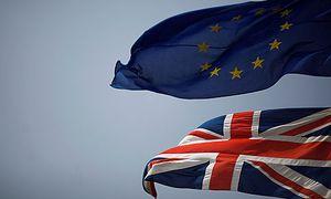Österreichs Manager sollten sich auf den Tag vorbereiten, an dem Union Jack und Europafahne nicht mehr gemeinsam wehen. / Bild: (c) REUTERS (JON NAZCA)