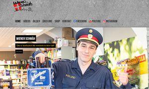 Sich als Polizisten auszugeben, könnte düe die Mitglieder der Comedy-Gruppe rechtliche Folgen haben / Bild: (c) Screenshot: wienerschmaeh.at