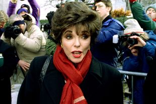 1993 | Joan Collins