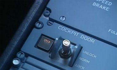 Die Piloten sehen und hören es im Cockpit, wenn jemand Eintritt verlangt. / Bild: (c) rca/Reuters
