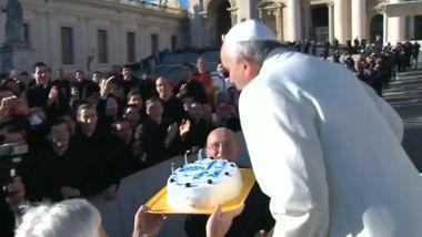 Papst Franziskus feiert seinen 78. Geburtstag / Bild: (c) Reuters (Reuters, DEC 17 RTV / CTV / CLARIN NEWSPAPER / CH13 / GOV TV, DEC 17)