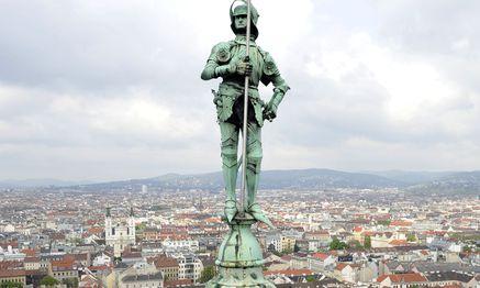Blick vom Wiener Rathaus. / Bild: (c) APA/HERBERT NEUBAUER (HERBERT NEUBAUER)