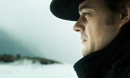 """Sam Riley in """"Das finstere Tal"""". / Bild: (c) Filmladen"""