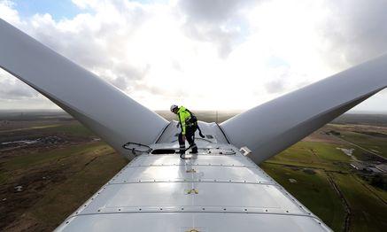 Firmen im Sektor Wind- und Sonnenenergie haben sehr volatile Phasen hinter sich. Die Voraussetzungen für einen Aufschwung sind derzeit nicht die schlechtesten. / Bild: (c) Bloomberg (Chris Ratcliffe)