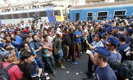 Der Budapester Ostbahnhof wird gesperrt. / Bild: REUTERS