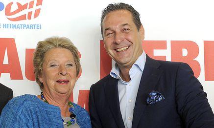 Stenzel und Strache  / Bild: APA/HERBERT PFARRHOFER
