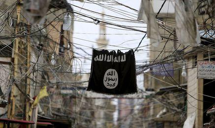 Eine Flagge des Islamischen Staats. / Bild: REUTERS