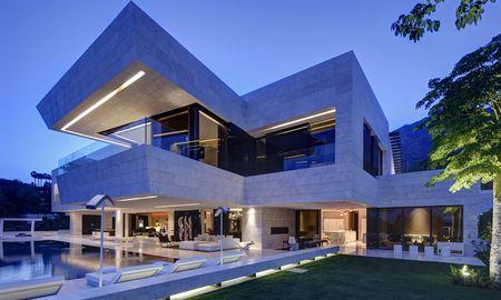 Luxusvilla in Marbella: acht Schlafzimmer und zehn Garagenstellplätze.  / Bild: (c) Engel&Völkers