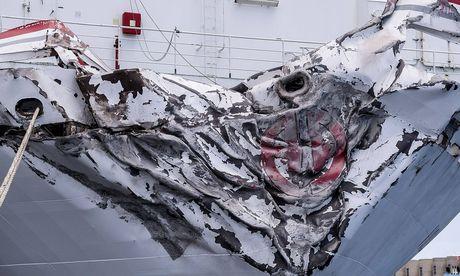 Die Fähre wurde im Hafen von Las Palmas schwer beschädigt / Bild: imago/Agencia EFE