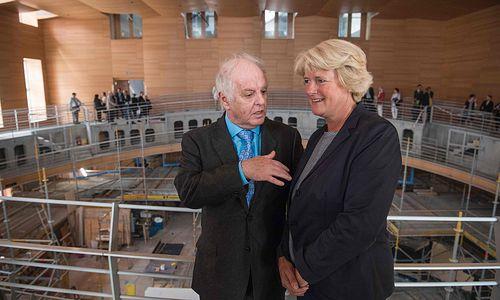 Barenboims Musikakademie öffnet in Berlin