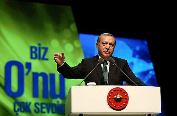 Erdoğan klagt erneut