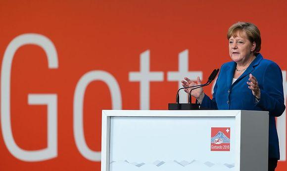 Merkel kürzlich bei der Eröffnung des Gotthard-Tunnels