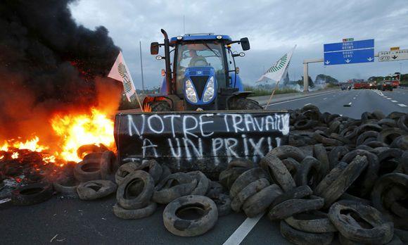 Frankreichs Bauern demonstrieren, und die Regierung befürchtet eine ...