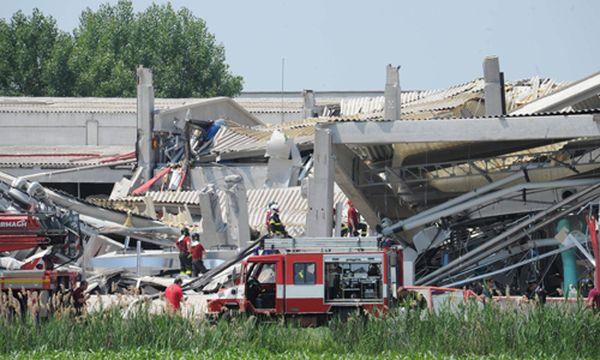 Viele Fabriksgebäude in Norditalien sind schwer beschädigt. / Bild: (c) EPA (CARLO FERRARO)