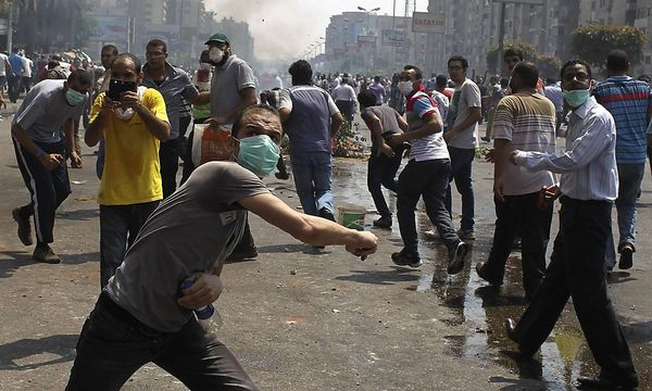 Mursi-Anhänger bei Protesten am Mittwoch. / Bild: REUTERS