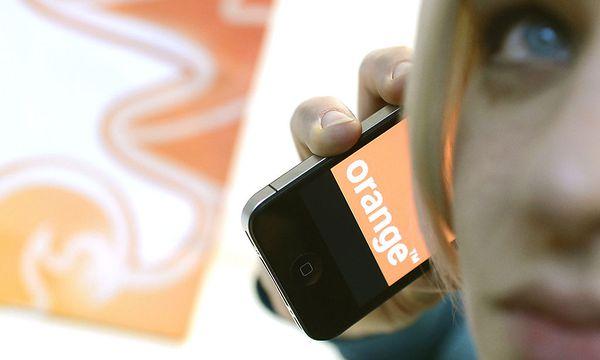 Orange-Übernahme: 3 sieht T-Mobile-Beschwerde gelassen / Bild: APA/HELMUT FOHRINGER