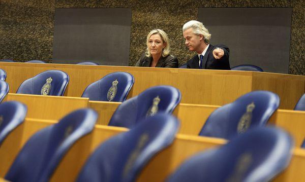 """Marine Le Pen und Geert Wilders greifen das """"System"""" der EU an. Die Französin will sogar eine Auflösung des Binnenmarkts als gemeinsame wirtschaftliche Basis der Europäer. / Bild: (c) Reuters (United Photos / Reuters)"""