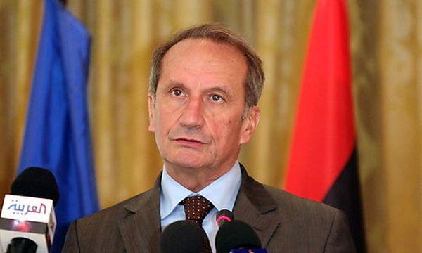 Verteidigungsministers Gérard Longuet  / Bild: (c) EPA (Sabri Elmhedwi)