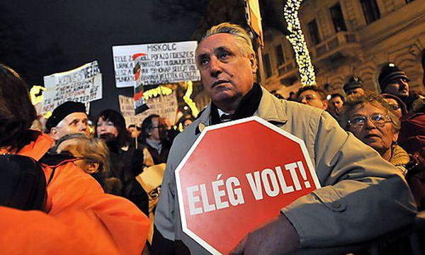 Proteste in Ungarn / Bild: (c) EPA (Tamas Kovacs)