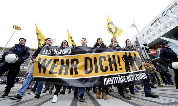 Demo der Identitären für Europa am Samstag / Bild: APA/HERBERT PFARRHOFER