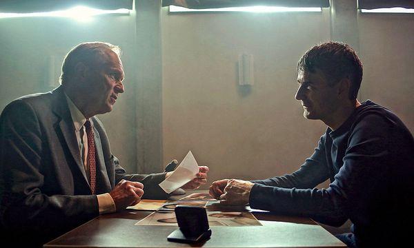 Felix Murot (Ulrich Tukur) und der Mörder (Jens Harzer), der kein Mörder sein will / Bild: (c) ORF (HR)