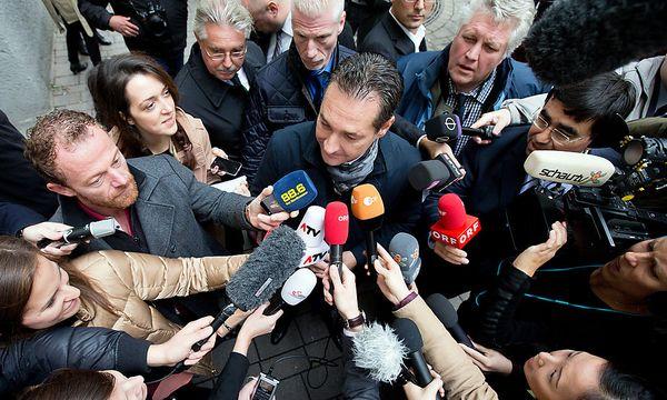 FPÖ-Chef Heinz-Christian Strache nach seiner Stimmabgabe am Sonntag / Bild: APA/GEORG HOCHMUTH