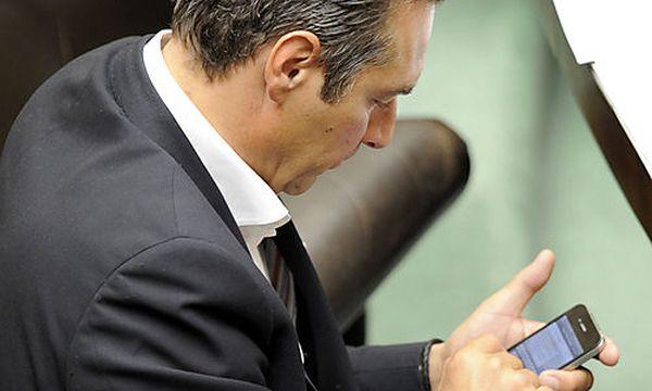 FPÖ: Telefonnummern im Internet veröffentlicht / Bild: (c) APA/ROLAND SCHLAGER (ROLAND SCHLAGER)