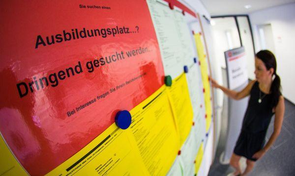 172.000 Lehrplätze in Deutschland unbesetzt / Bild: APA/dpa/Christoph Schmidt