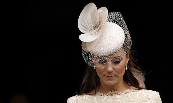 Herzogin Kate: Droht neuer Paparazzi-Skandal? / Bild: AP