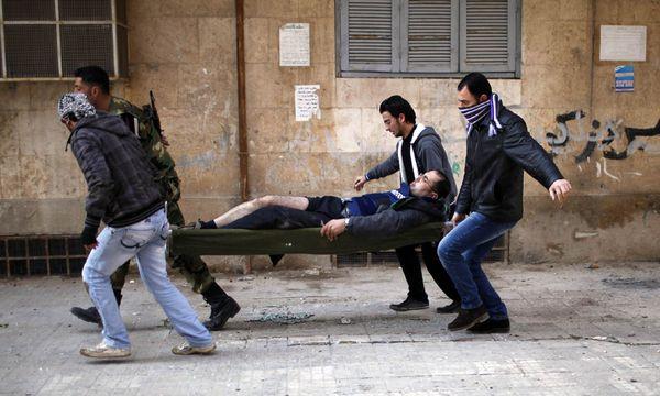 Symbolbild: Verletzte in Syrien / Bild: (c) REUTERS (AHMED JADALLAH)