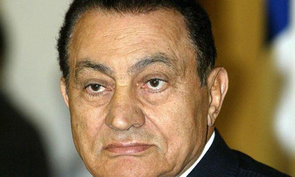 Kairo: Mubaraks Konten sollen gesperrt werden / Bild: Ex-Staatschef Hosni Mubarak (c) EPA (Mike Nelson)