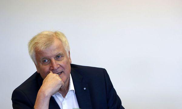 Horst Seehofer wagt eine Prognose des Ist-Zustandes, was die AfD betrifft. / Bild: REUTERS